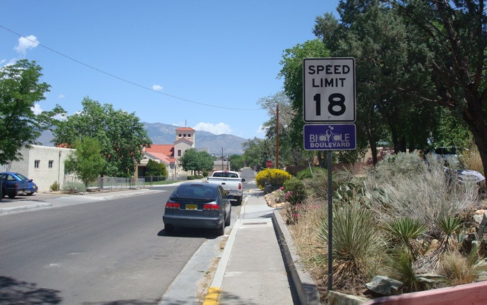 albuquerque speed limit