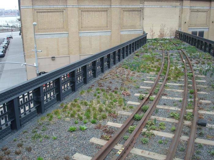 high line rail track ends