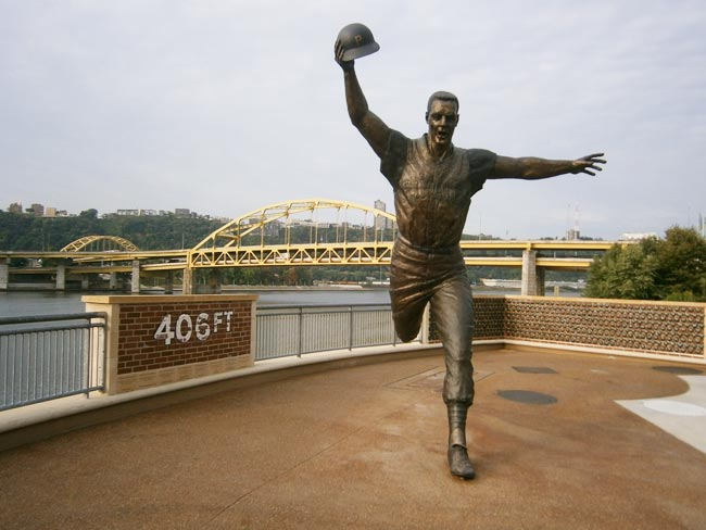 bill mazeroski statue pittsburgh