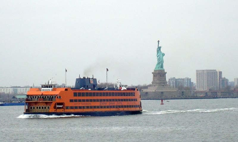 staten island ferry and statue of liberty