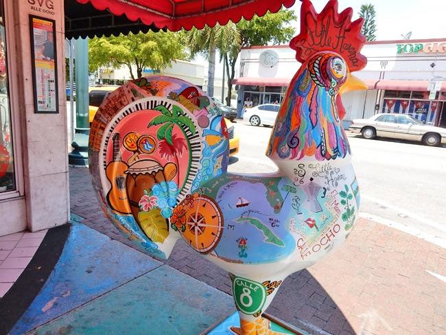whay are there rooster statues little havana
