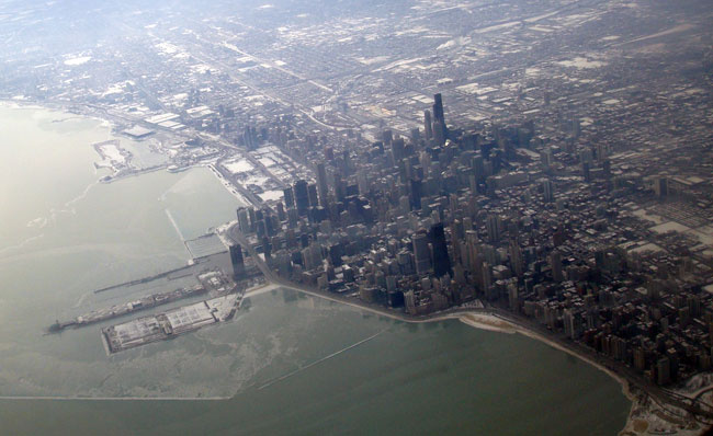 chicago skyline from plane