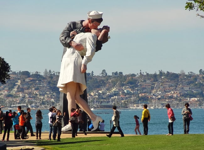 Quirky Attraction: Kissing Sailor Statue in San Diego
