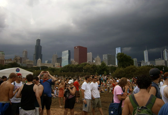 storm clouds lollapalooza weather