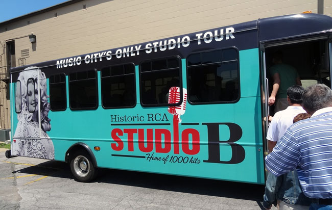 studio b shuttle bus