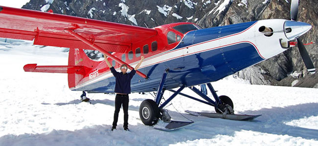 The unforgettable experience of flightseeing and landing on a glacier
