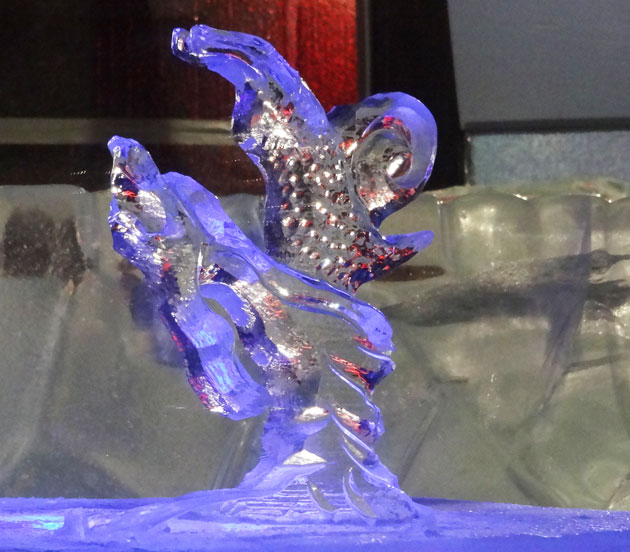 snail ice carving