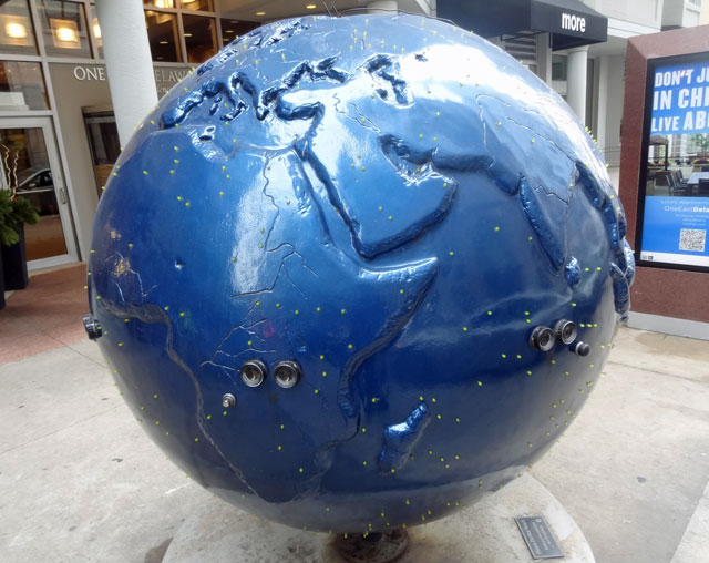 blue globe chicago
