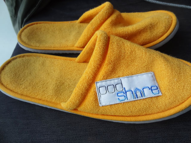 podshare hollywood slippers