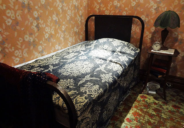 banting house bedroom