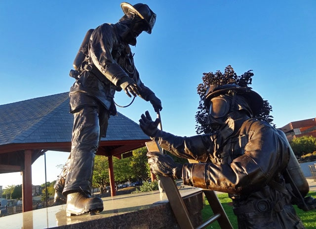 fun things to do in south bend indiana - firefighter memorial