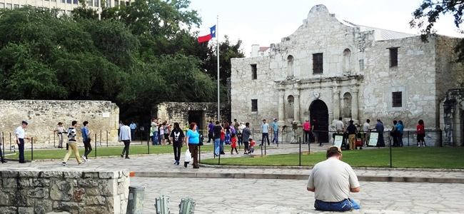 The Alamo: Worst historic attraction ever?