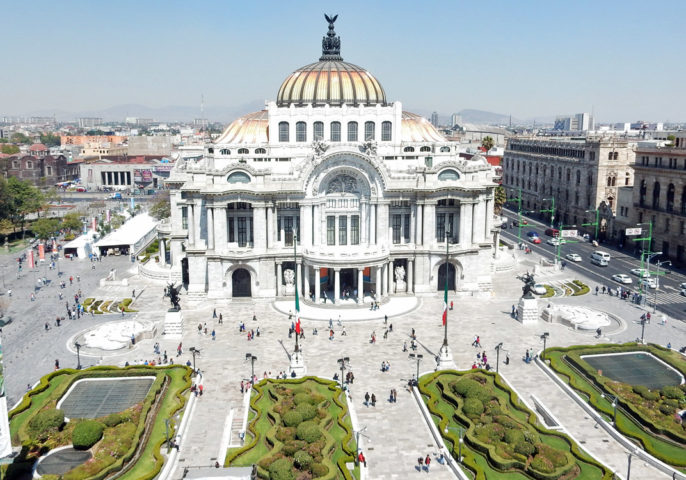 Palacio de Bellas Artes, seen from every angle