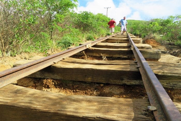 koko crater railroad ties